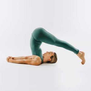 Claudia professionelles Yoga